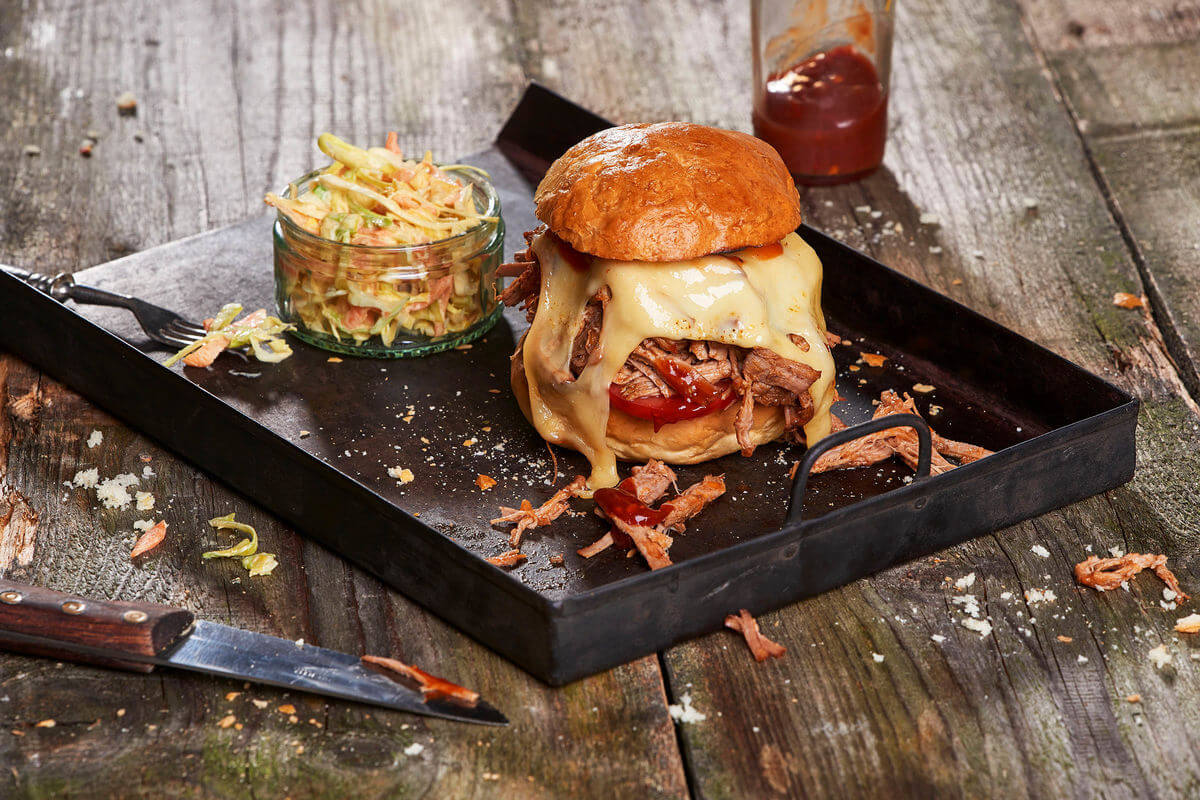 Lrd Toast And Burger Pulled Pork Burger